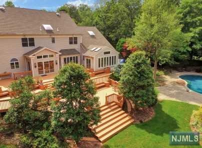 Additional photo for property listing at 108 Fawnhill Rd 108 Fawnhill Rd Upper Saddle River, Νιου Τζερσεϋ,07458 Ηνωμενεσ Πολιτειεσ