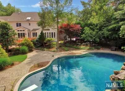 Additional photo for property listing at 108 Fawnhill Rd 108 Fawnhill Rd Upper Saddle River, New Jersey,07458 Verenigde Staten