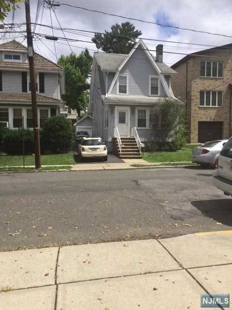548 Oregon Ave, Cliffside Park, NJ 07010