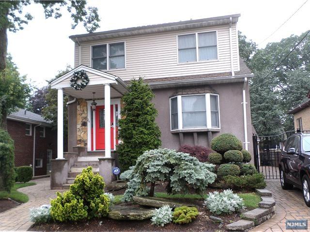 24 Riverview Ave, Cliffside Park, NJ 07010