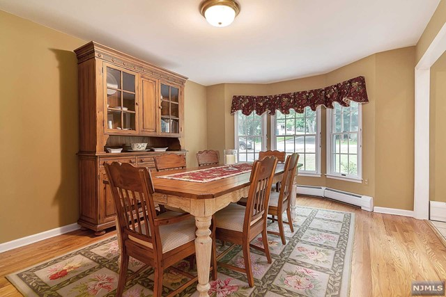 Additional photo for property listing at 38 Oweno Rd  Mahwah, New Jersey,07430 Vereinigte Staaten