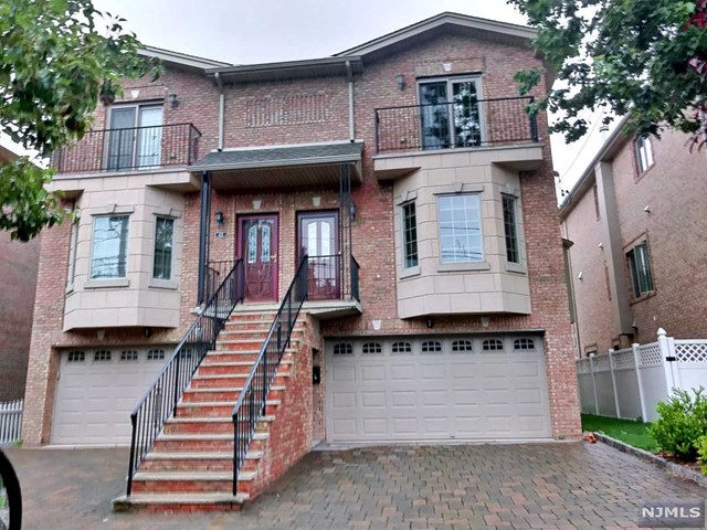 411 Washington Ave, Cliffside Park, NJ 07010