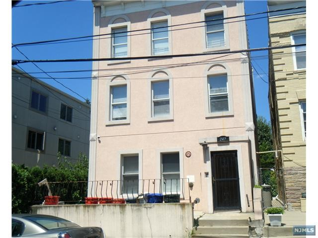 247 Lincoln Ave 2, Cliffside Park, NJ 07010