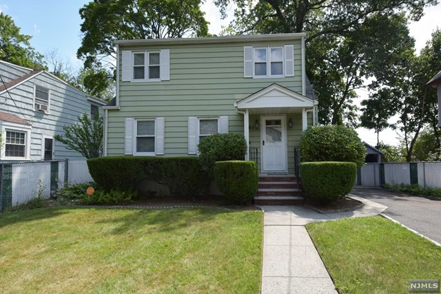 67 Pleasant Ave, Montclair, NJ 07042