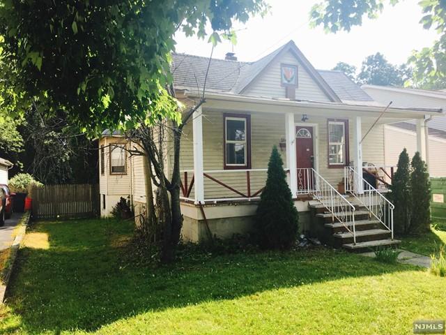 210 Prospect Ave, Maywood, NJ 07607