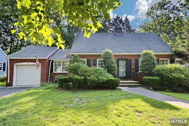 456 Demarest Ave, Oradell, NJ 07649