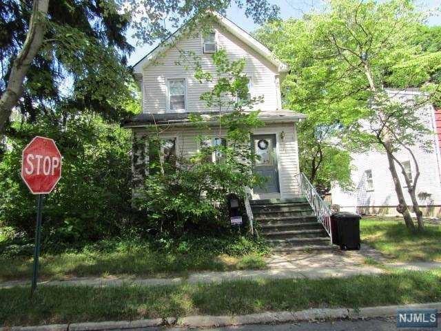 141 E Fairmount Ave, Maywood, NJ 07607