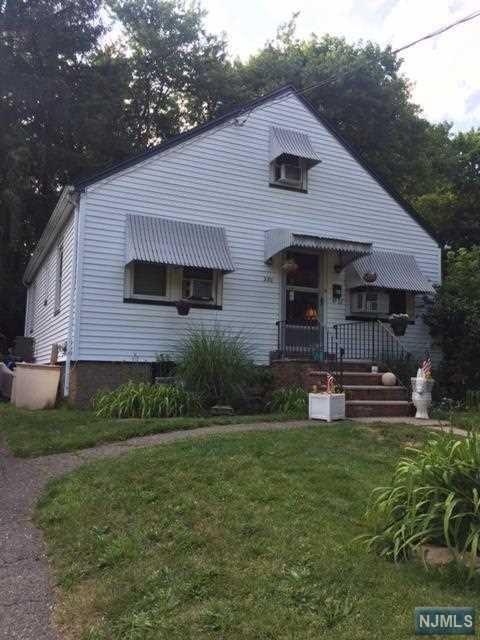 280 Lakeview Dr, Ridgewood, NJ 07450