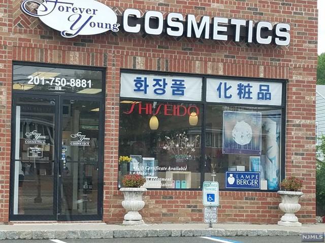 463 Livingston St, Norwood, NJ 07648
