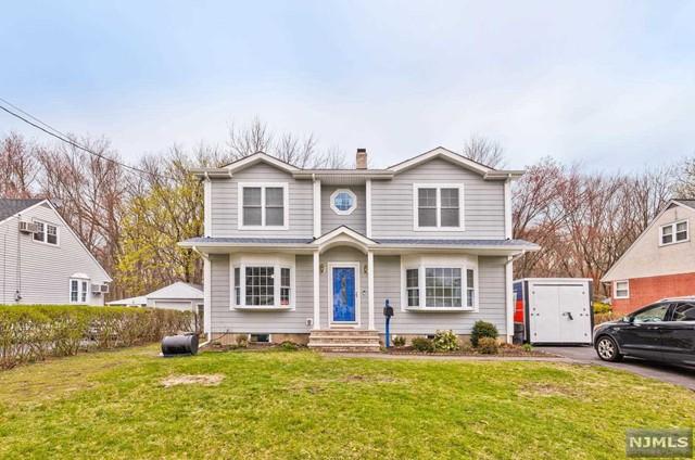 663 Newcomb Rd, Ridgewood, NJ 07450