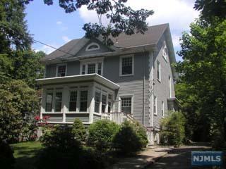 207 Park Ave, Leonia, NJ 07605