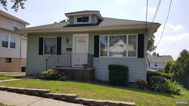 960 Ray Ave, Ridgefield, NJ 07657