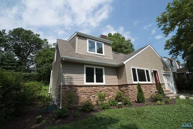 972 E Lawn Dr, Teaneck, NJ 07666