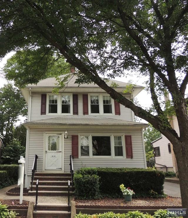414 Poplar Ave, Maywood, NJ 07607