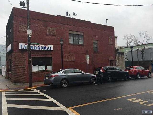 408 Bergenline Ave, Union City, NJ 07087
