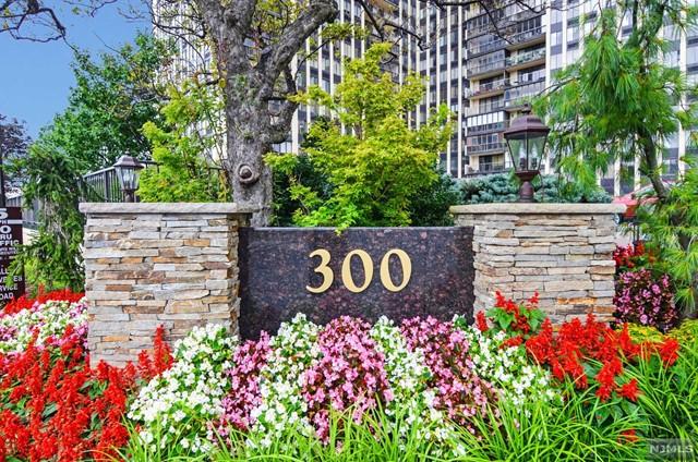 300 Winston Dr 3104, Cliffside Park, NJ 07010