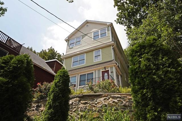 546 Undercliff Ave, Edgewater, NJ 07020