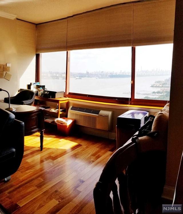 100 Old Palisade Rd 2008, Fort Lee, NJ 07024