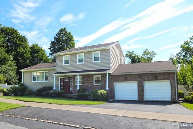 19 Fairview Pl, Montclair, NJ 07043