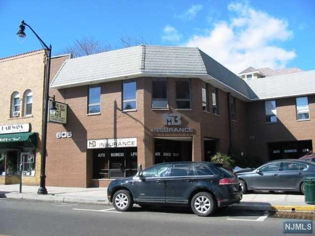 605 Anderson Ave, Cliffside Park, NJ 07010