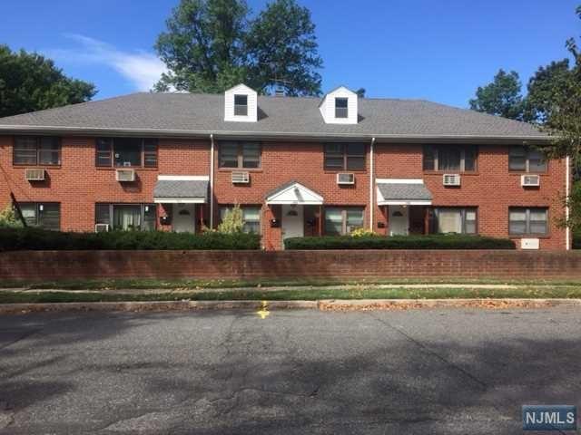 686 Palisade Ave, Teaneck, NJ 07666