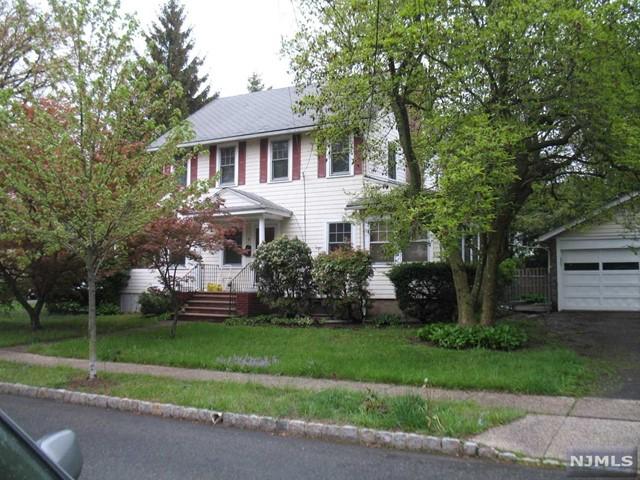 3 Pierson Pl, Montclair, NJ 07042