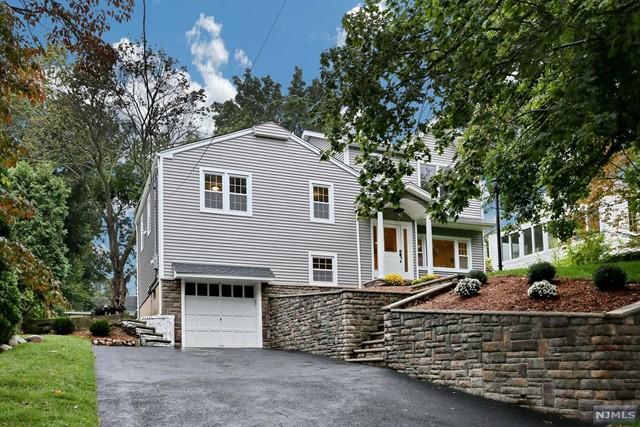 28 Princeton Pl, Glen Rock, NJ 07452