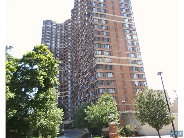 100 Old Palisade Rd 2503, Fort Lee, NJ 07024
