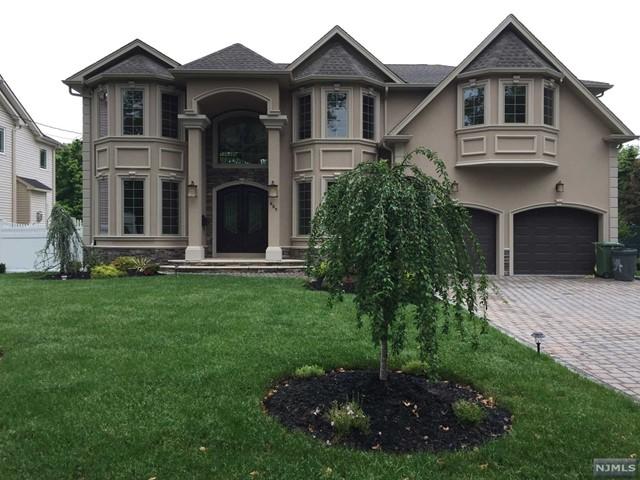 80 Birchwood Rd, Paramus, NJ 07652