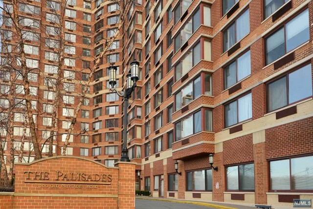 100 Old Palisade Rd 3308, Fort Lee, NJ 07024