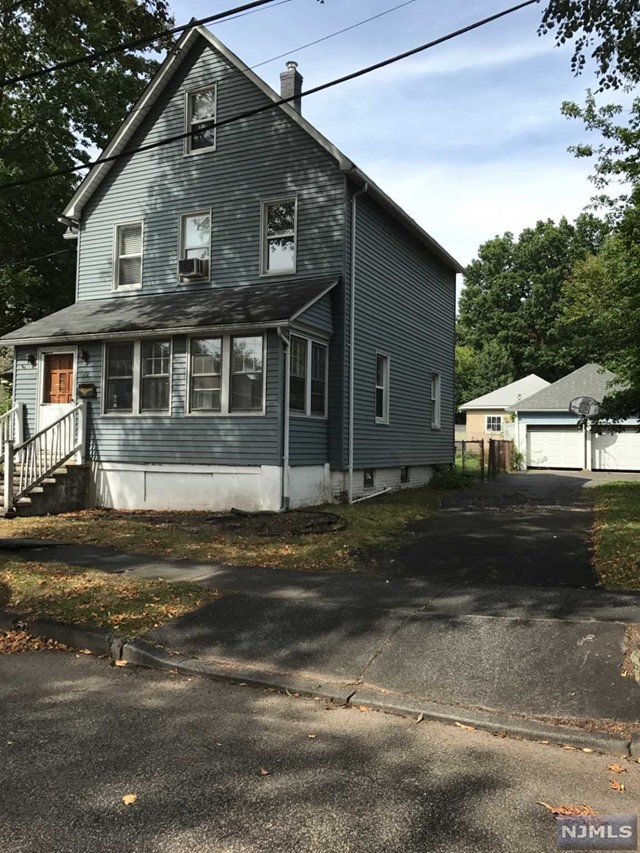 72 Wood St, Rutherford, NJ 07070