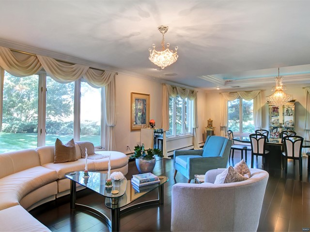 Additional photo for property listing at 700 Jane Dr 700 Jane Dr Franklin Lakes, New Jersey,07417 Hoa Kỳ