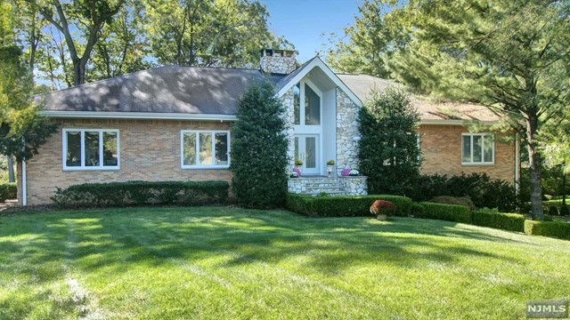 Additional photo for property listing at 700 Jane Dr 700 Jane Dr Franklin Lakes, ニュージャージー,07417 アメリカ合衆国