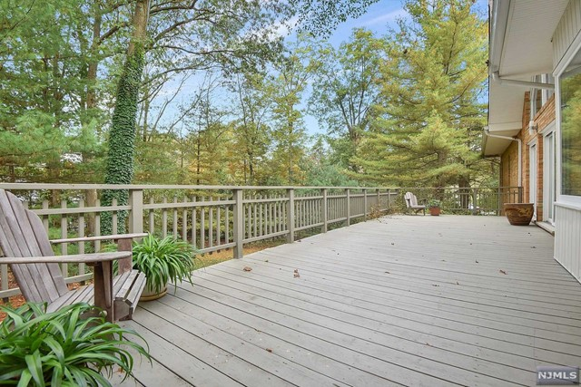 Additional photo for property listing at 700 Jane Dr 700 Jane Dr Franklin Lakes, Нью-Джерси,07417 Соединенные Штаты