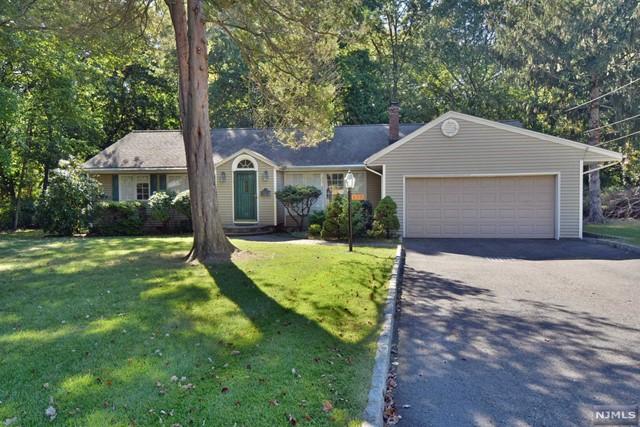 420 Eastgate Rd, Ridgewood, NJ 07450