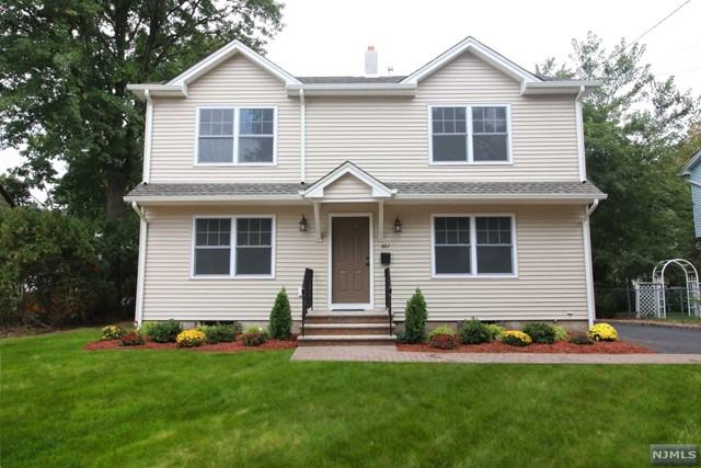 661 Arcadia Rd, Ridgewood, NJ 07450