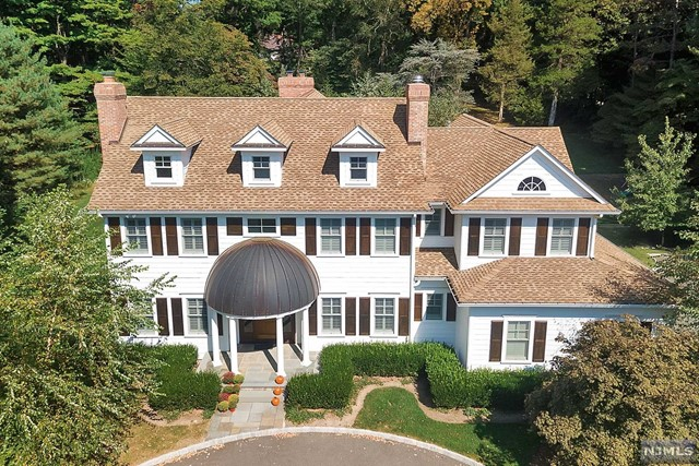 Single Family Home for Sale at 111 E Allendale Rd 111 E Allendale Rd Saddle River, New Jersey 07458 United States