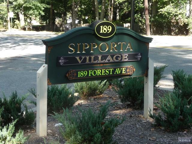 189 Forest Ave 220, Paramus, NJ 07652