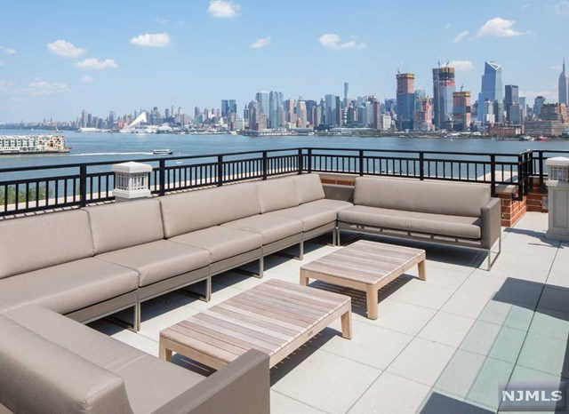 1400 Hudson St 335, Hoboken, NJ 07030
