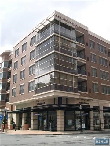 20 Ave At Port Imperial 215, West New York, NJ 07093