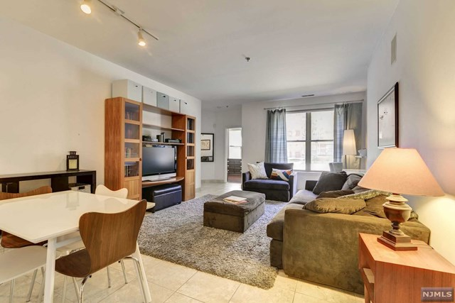 26 Ave At Port Imperial 133, West New York, NJ 07093