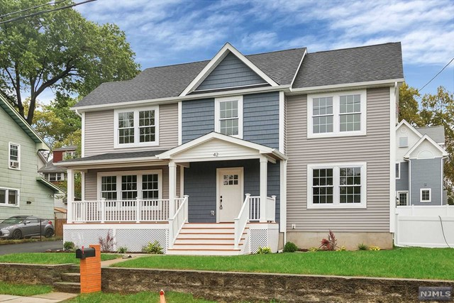 42 Riverview Ave, Rutherford, NJ 07070