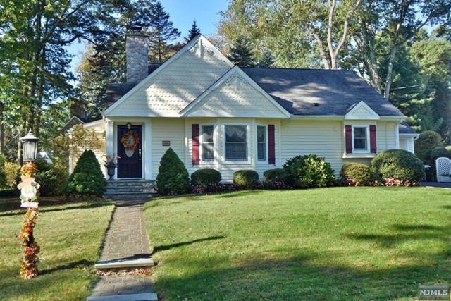 440 Ardmore Rd, Ho-Ho-Kus, NJ 07423