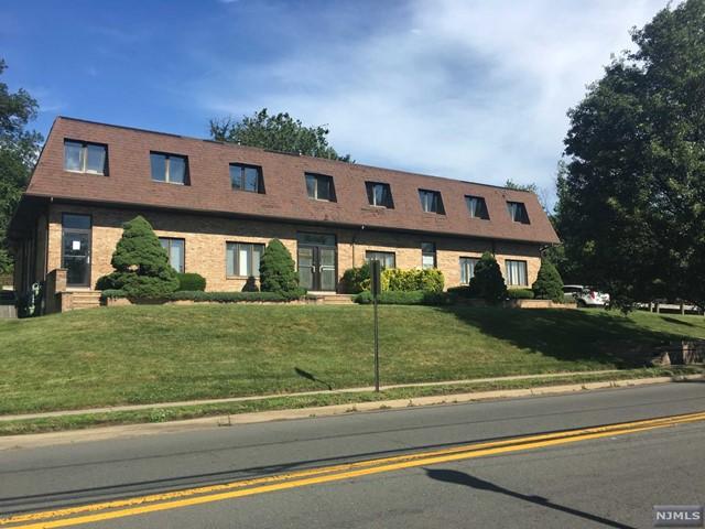 72 Kinderkamack Rd, Emerson, NJ 07630