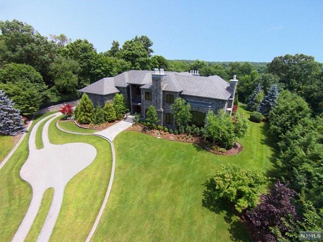Single Family Home for Sale at 64 Stony Ridge Road 64 Stony Ridge Road Saddle River, New Jersey 07458 United States