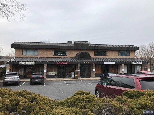Commercial / Office for Sale at 886 Belmont Avenue North Haledon, New Jersey 07508 United States