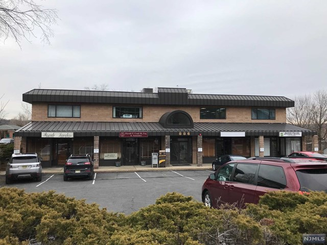 Commercial / Office for Sale at 886 Belmont Avenue 886 Belmont Avenue North Haledon, New Jersey 07508 United States
