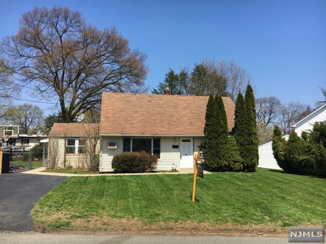 Home For Sale At 90 Pine Street In Midland Park Nj For 369900