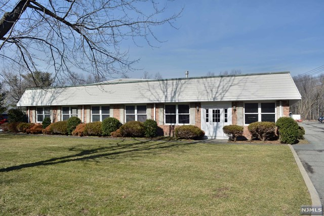 Commercial / Office for Sale at 795 Susquehanna Avenue 795 Susquehanna Avenue Franklin Lakes, New Jersey 07417 United States