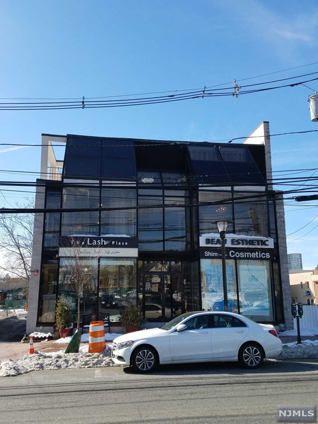 Commercial / Office for Sale at 1637 Palisade Avenue 1637 Palisade Avenue Fort Lee, New Jersey 07024 United States